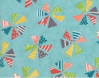 Pinwheels on Blue Fabric - Mixed Bag from Moda