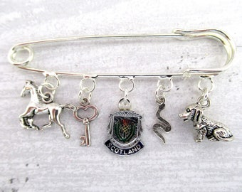 Outlander Lallybroch Themed Kilt Pin Charm Brooch