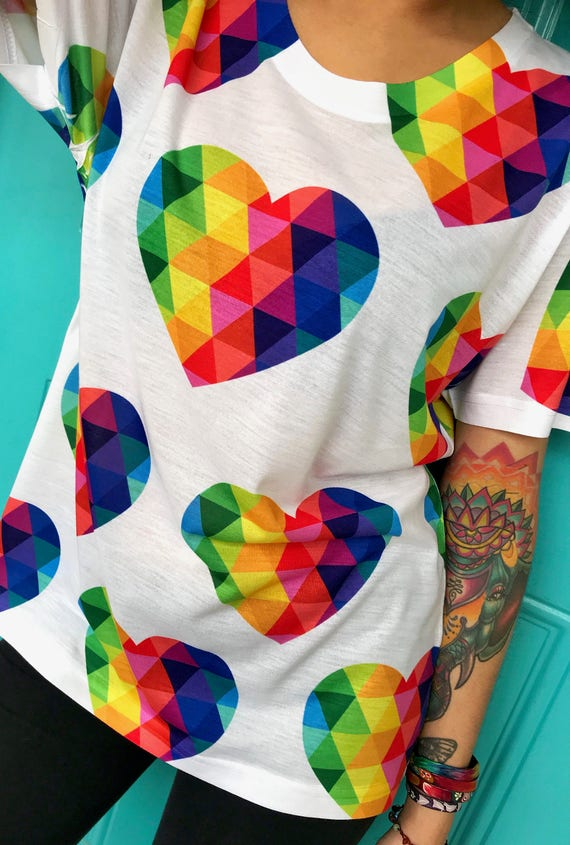 Colorful heart tshirt gift for your romantic love heart shirt valentines day gift for her or him xoxo (size up for looser fit)