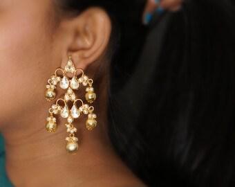 Antique Gold Kundan Chandelier Earrings, White Seed Pearl drops, Indian Kundan Jewelry, Indian Wedding Jewelry, Gold Statement Earrings
