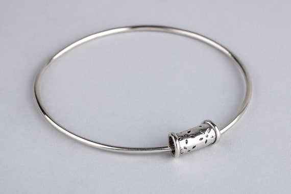 Orbiting Floral Bead Bangle Bracelet in Sterling Silver