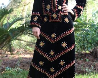 Vintage 70s Boho Hippie Long Embroidered Black Velvet Maxi Festival Dress
