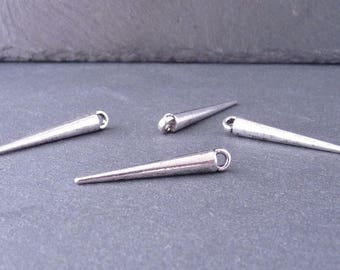 10 Breloques Pendentifs Spikes / Pics 34x5 mm – Couleur argent (BP2003)