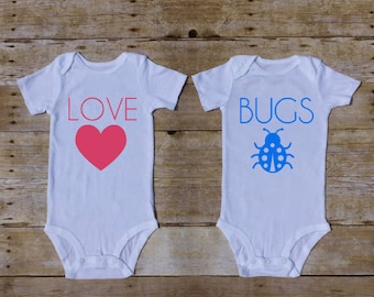 Love Bugs Twin Outfit, Twin Valentines day outfit, Valentines Outfit for Twins, Twin Babyshower Gift, Vday Twins Outfit, Newborn Twins