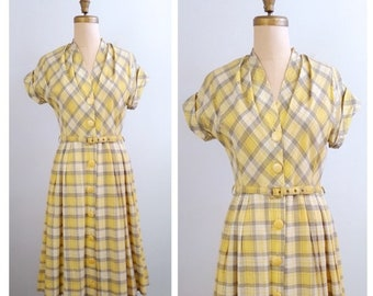 Let the sunshine in! | 1950s yellow white grey plaid dress | 50s plaid shirt dress
