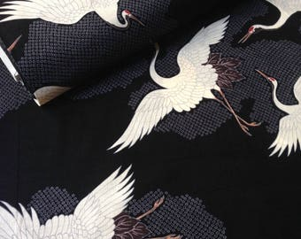Japanese fabric, traditional crane pattern, black background, cotton and linen 110 x 50 (270)