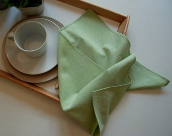 "Large Linen Napkins, Cloth Napkins, Dinner Napkins, 18"" x 18"", set of 4, light green."