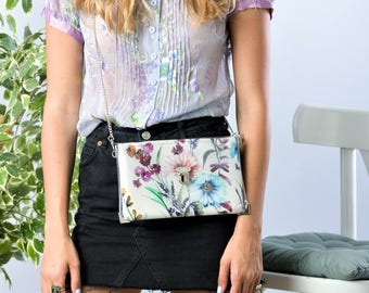 Vacation Clutch Bag, Floral Clutch Purse, Resort Handbag, Multicolored Bag, Vacation Gift, Unique Gift For Her Bridesmaid Clutch Floral Gift