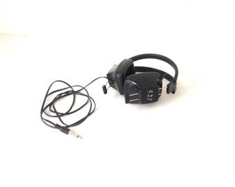 STEREO HEADPHONES vintage walkman BLACK chill headphones adaptable for Iphone Ipad and the like