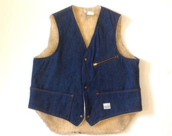 Vintage Madewell denim vest with shearling lining / made in USA / size Medium