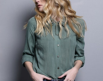 Green tailored blouse for women, woman blouse, green collar shirt, green button down, woman collar shirt, ribbon blouse, green shirt