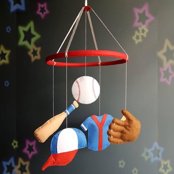 Béisbol bebé móvil vivero móvil bebé cuna móvil fieltro móvil
