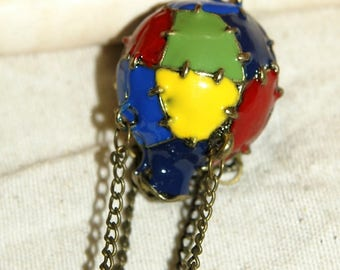 Big hot air balloon pendant lacquered and hinged brass pendant size: 6 cm
