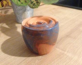 Pot / jar / fired ceramic box with lid