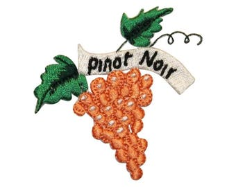 ID 1177B Pinot Noir Grapes Patch Winery Grape Bunch Embroidered Iron On Applique