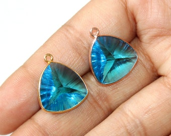 1 Pc 15mm Bezel Set Swiss Blue Quartz Concave Cut Trillion Pendant / Single Loop Pendant / Gemstone Charm Pendant / Select Finish / C05