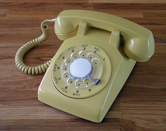 Mellow Yellow Working Rotary Dial Telephone Retro Cool!