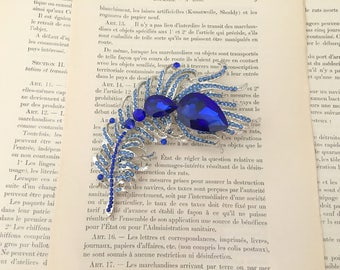 Blue Feather Brooch.Blue Crystal Feather brooch.Blue Rhinestone Brooch.Blue Rhinestone Pin.Wedding accessory.Bridal Brooch.broach.Large pin