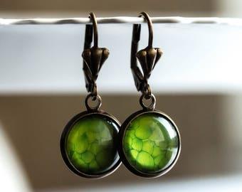 Green earrings, Vintage earrings, antique earrings, nature Earrings, gift for woman, friendship earrings, gift for mother, jewelry, leaf