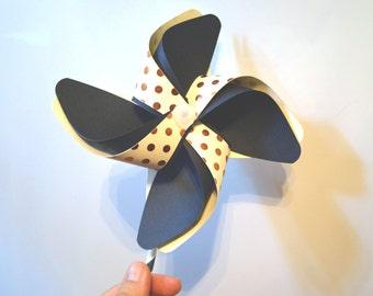 Navy Blue and Gold Pinwheels, Handmade Working Pinwheels, Wedding Favors, Birthday Fovors, Spinning Pinwheels, Paper & Plastic Pinwheels