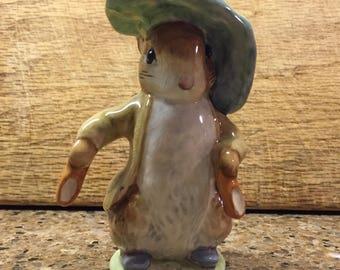 Benjamin Bunny Beatrix Potter gold oval backstamp