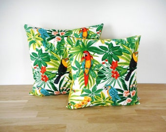 Cushion cover 40 x 40 cm - exotic printed tropical - parrots and toucans leaves flower motifs - verso plain orange fabric - trendy