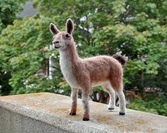Needle felted Lama. Needle felt animal. Needle felt Lama. Wool Lama. Felt Lama. Wool Lama. Needle felted animal. Felted animal. Felt Animal