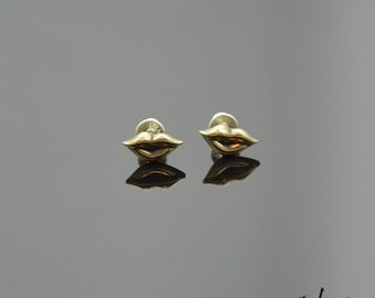 Earrings Kiss Bronze