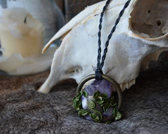 Amethyst hanging forest treasure necklace