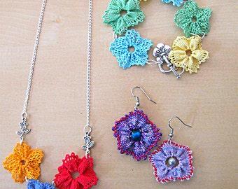 Bobbin lace jewellery set - necklace, earrings, bracelet