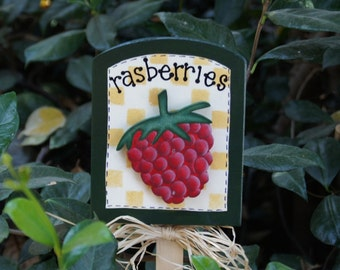 Raspberry Plant Sign - Wood Garden Sign