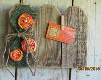 Reclaimed pallet wood, 4 x 6 photo-swapping pickett fence frame.(050115)