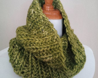 "Pure Wool ""Lettuce""  Wrap Cowl Neck Warmer ... Warm, Soft & Bulky"
