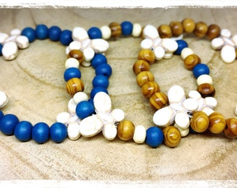 Elastic bracelet, zen, ethnic howlite butterfly and wooden beads