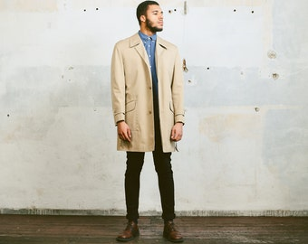 Vintage 80s Mens TRENCH COAT . Beige Short Coat Jacket Detective Style Rain Coat Mac Topcoat Overcoat Pea Coat Outerwear . size Large XL