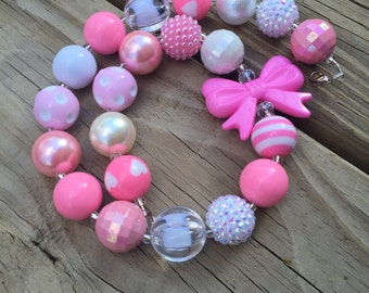 "18"" 20mm shades of Pinks and white, chunky bubblegum necklace with pink bow."