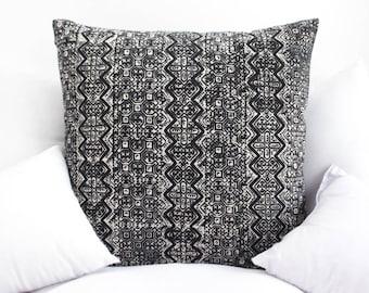 VINTAGE Hmong Pillow Hand Woven HEMP Organic HMONG Ethnic A Piece Of Tribal Textile  navy Black batik