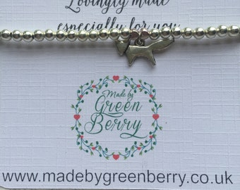 NEW** madebygreenberry Beaded Bracelet complete with fox charm - made to order