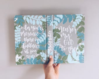 Hand Painted Bible: Jungle Theme