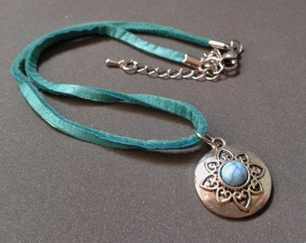 Suede leather necklace, silver pendant with turquoise stone, turquoise necklace, choker, woman, gift for you, leather jewelry