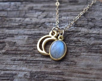 Labradorite & crescent moon charm necklace, gemstone jewelry | gift for her | gift under 40 | Valentine's Day gift | moon necklace | gold