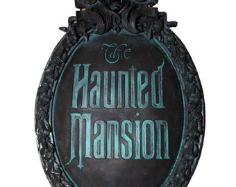 Haunted Mansion Mini Gate Plaque (Classic version paint)