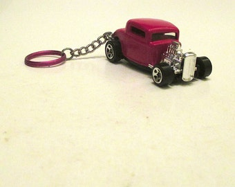 Ford De Luxe Coupe keychain,1932,Mens or Womens keychain, Mens or Womens gift,schluesselanhaenger