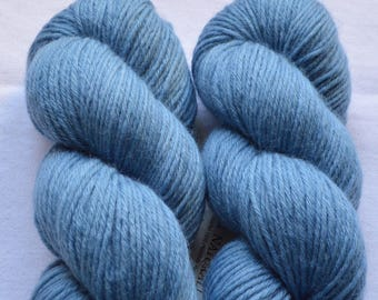Hand-dyed blue MERINO with natural colors