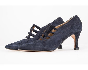 Vintage suede pumps / 1980s navy blue pointed toe heels / Strappy arch / 80s does 20s flapper inspired / 8