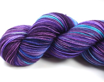 Blueberry Buckle--hand dyed sock yarn, 2ply BFL and nylon, (400yds/100gm)