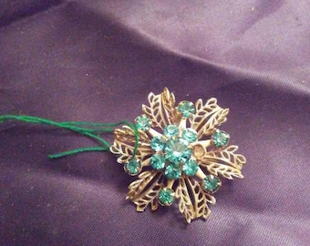 Vintage Blue Auquamarine Style Broach / Pin
