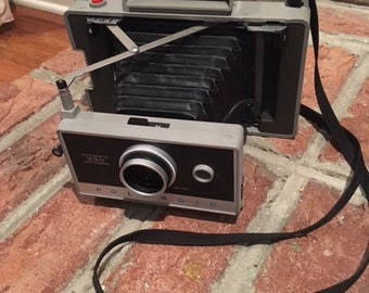 Vintage Polaroid 330 Land Camera