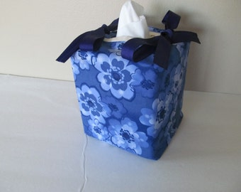 Tissue Box Cover/Blue Flower
