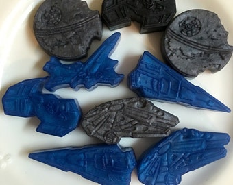 Set of six Star Wars soaps. Eight ships, including Death Star and Millennium Falcon.  Choose your color and scent.  Great gift, Father's Day